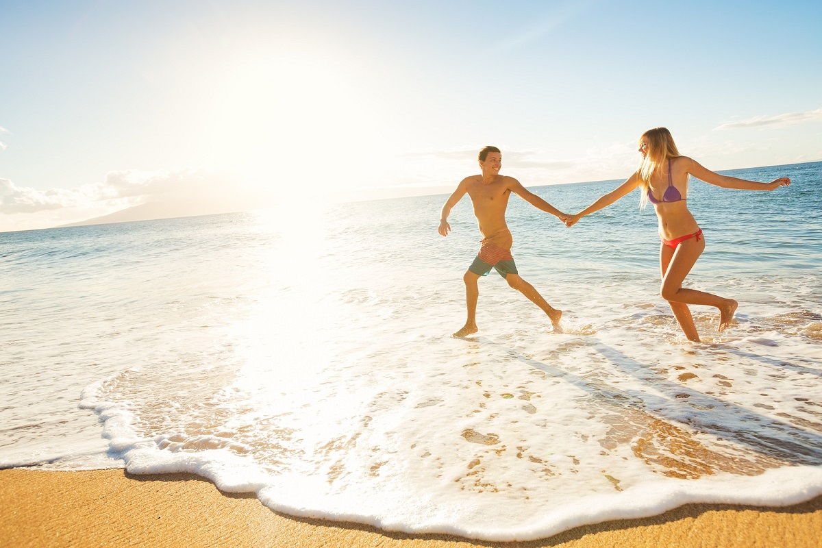 christian dating couple vacation