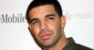 Drake arrives at the Google Music Launch