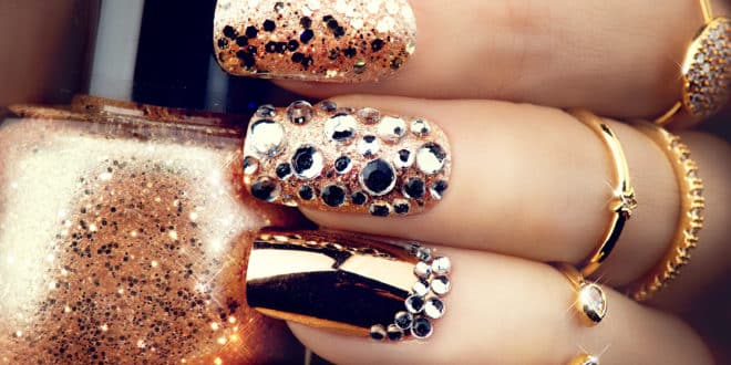 why you should not wear nail polish all the time