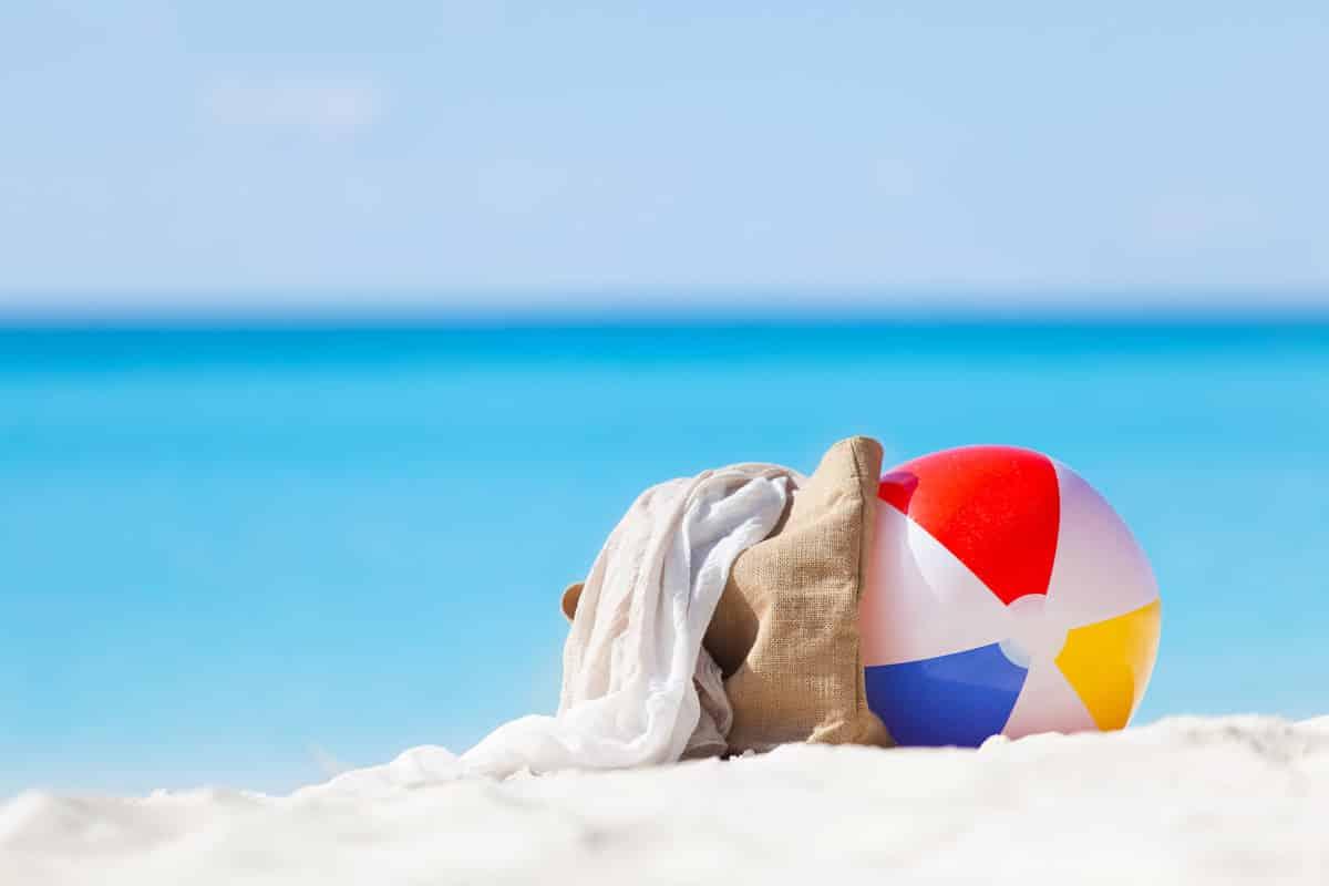 Travel Zoom Pro Explores Top Caribbean Beaches For 2017