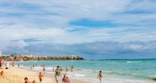 Krystal Cancun Timeshare Owners Explore Local Activities