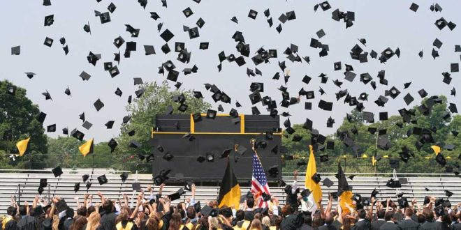 Tips for High School Seniors Preparing for College