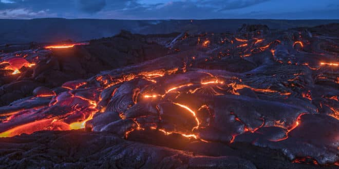 Travel to Hawaii in Question as Volcano Erupts Again (2)