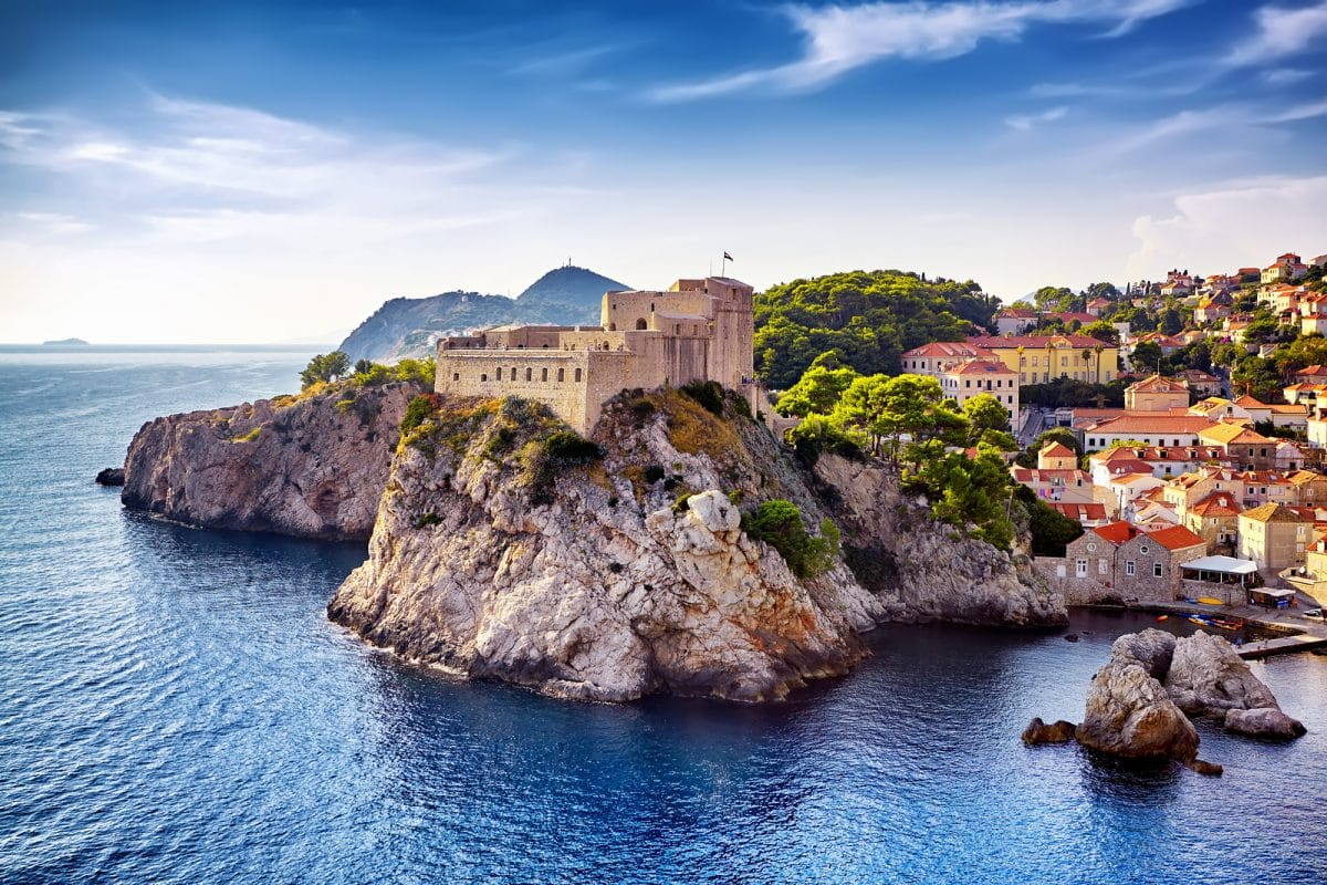 Explore the Top Sites of the Old City of Dubrovnik (4)