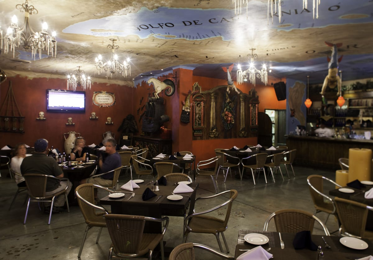 Golden Zone Cabo San Lucas, Lights Up Cabo Restaurant Scene
