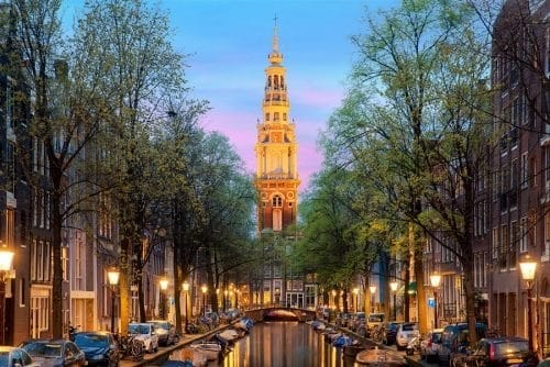 Amsterdam The City That Never Sleeps (4)