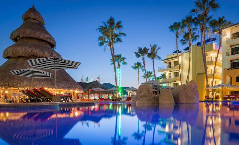 Marina Fiesta Resort Highlights New Years Eve Cabo Style (2)