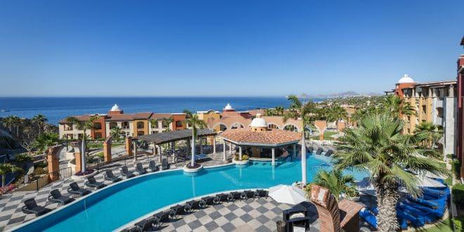 Hacienda Encantada pool