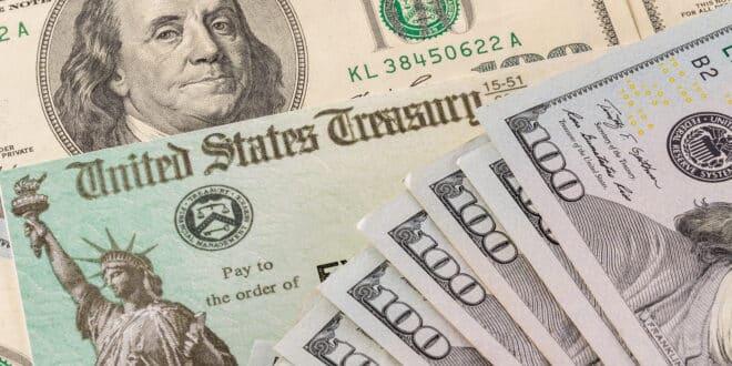Stack of 100 dollar bills