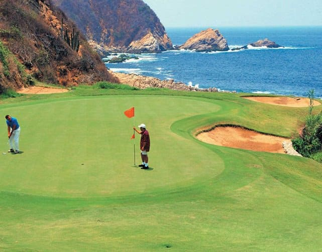 golf at Hacienda Encantada