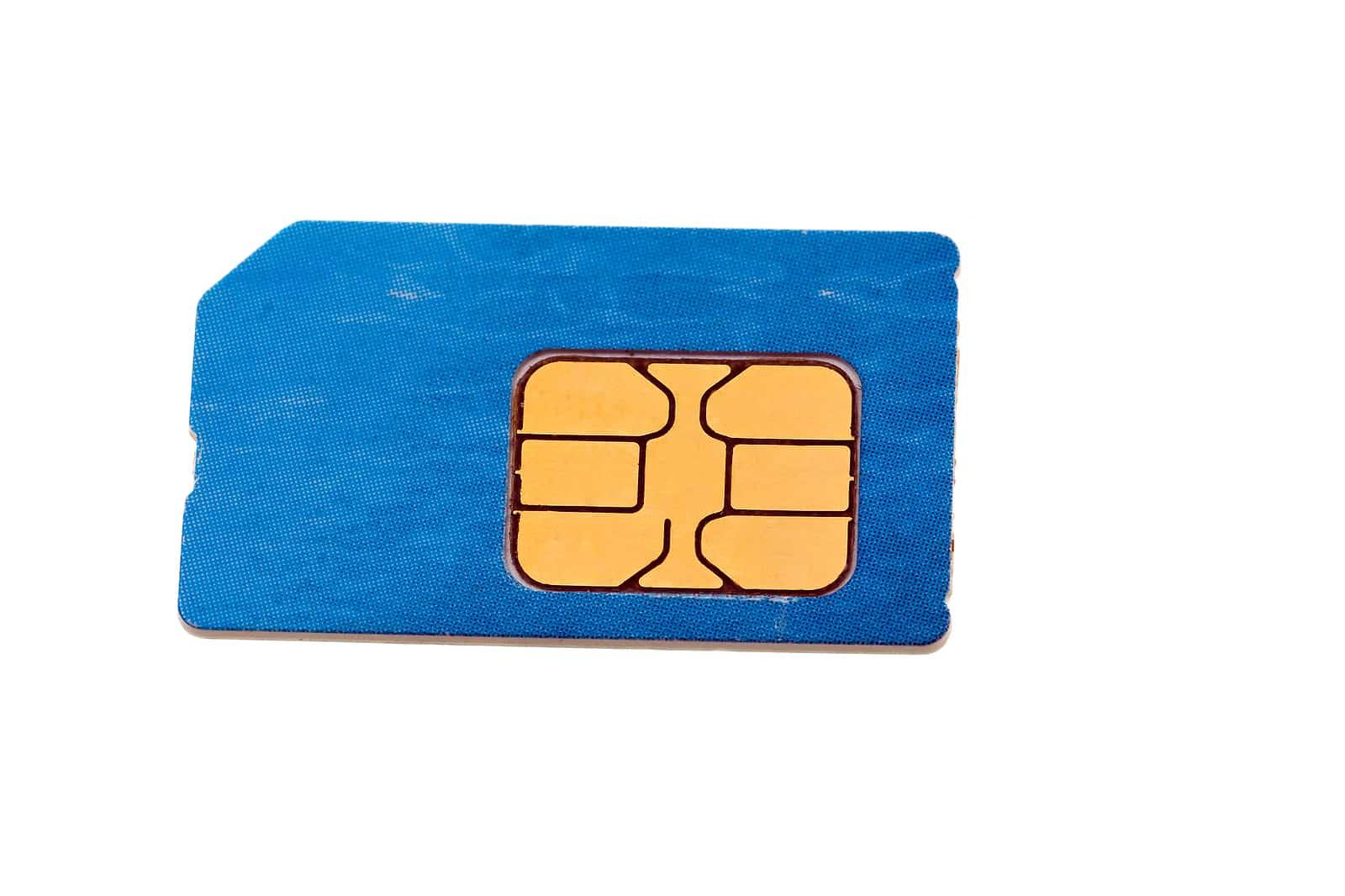 How hackers swap SIM cards