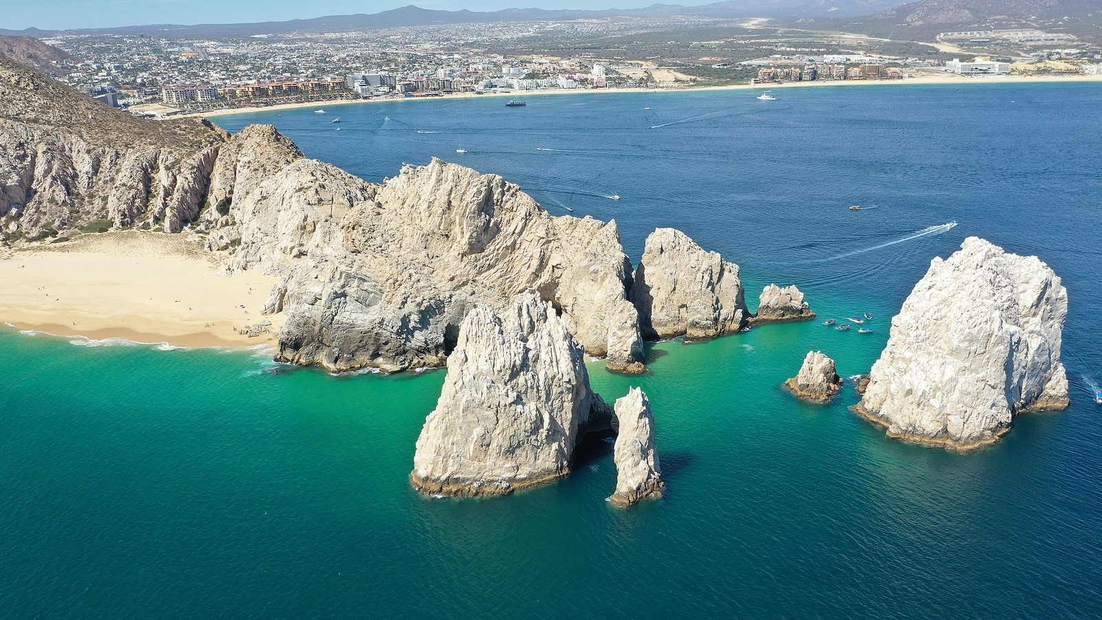 Arch of Cabo San Lucas in Mexico
